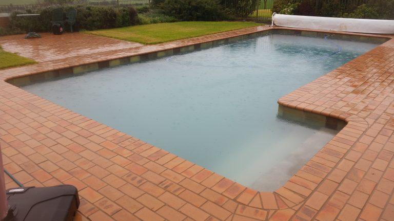 Custom Concrete pools & Surrounds